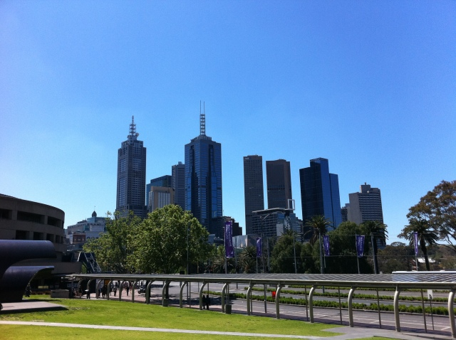 View of the Melbourne CBD (links to a different one on Flickr